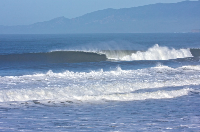 sands-isla-vista-big-wave